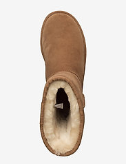 UGG - W Classic Short II - flat ankle boots - chestnut - 3