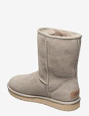 UGG - W Classic Short II - flat ankle boots - goat - 2