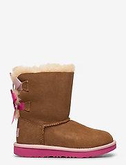 UGG - K Bailey Bow II - bottes d'hiver - che / pink azalea - 1