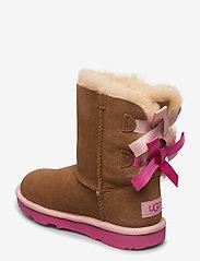 UGG - K Bailey Bow II - bottes d'hiver - che / pink azalea - 2