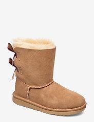 UGG - K Bailey Bow II - bottes d'hiver - chestnut - 0