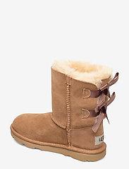 UGG - K Bailey Bow II - bottes d'hiver - chestnut - 2