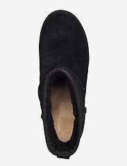 UGG - W Classic Femme Mini - flat ankle boots - black - 3