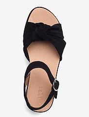 UGG - W Trisha - platte sandalen - black suede - 3