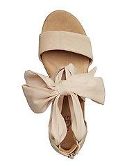 UGG - W.Trina - heeled espadrilles - nude - 3