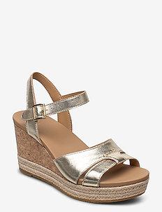 Cloverdale - heeled espadrilles - gold