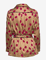 Underprotection - Lola shirt - Överdelar - camel - 3