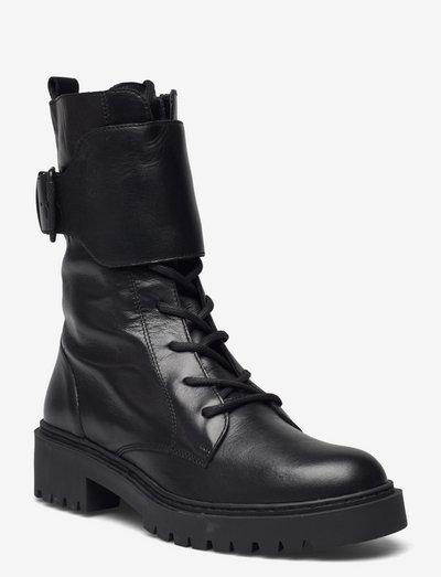 GRESSYSIN_NF - flade ankelstøvler - black