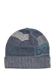 HAT - 217