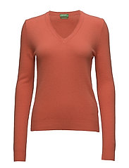 V NECK SWEATER L/S - 34Y