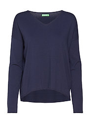 V NECK SWEATER L/S - 616