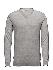 V NECK SWEATER L/S - 501
