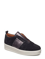 Prezzy Slip on Sneak - BLACK