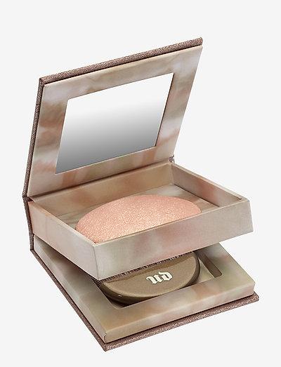 Naked Illuminating Shimmering Powder - highlighter - aura