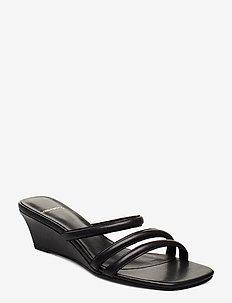 NELLIE - mules & slipins - black