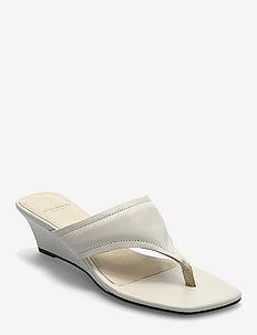 NELLIE - sandały na obcasie - off white