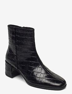 STINA - ankelstøvler med hæl - black