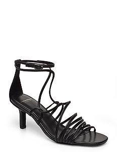 Young trend | Högklackade skor | Stort utbud av nya styles
