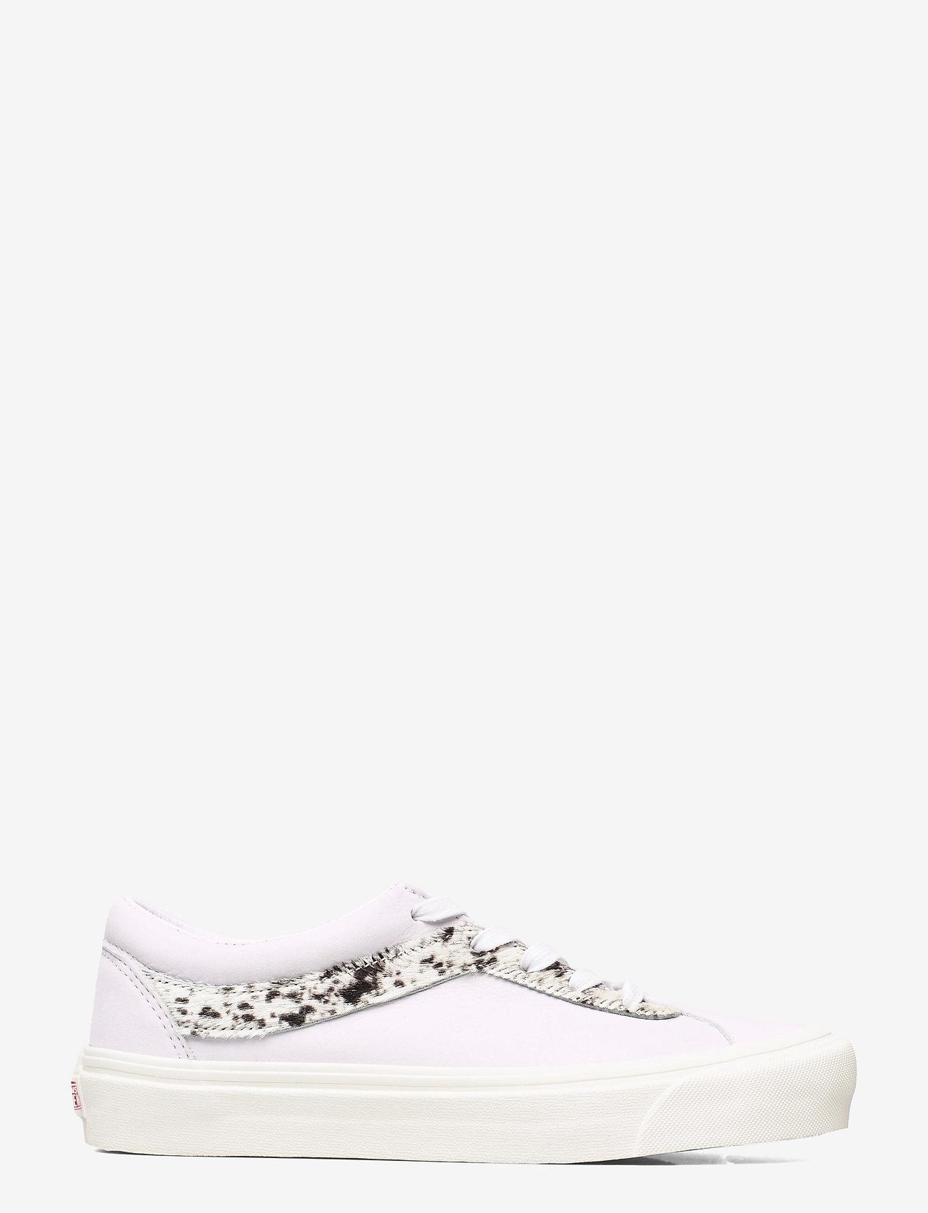 VANS - Shoe Adult Unisex Numeric Wid - laag sneakers - (pony) true white/pony - 1