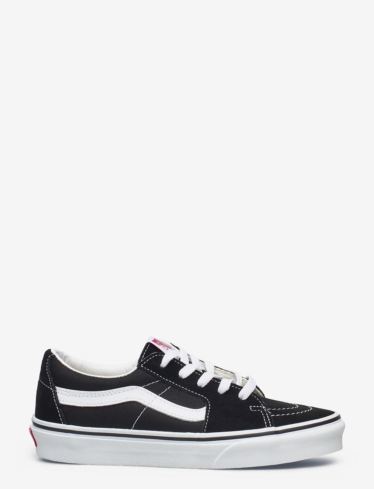 VANS - UA SK8-Low - laag sneakers - black/true white - 1
