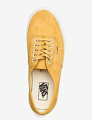 VANS - UA Authentic - laag sneakers - (pig suede)honeygoldtrwht - 3