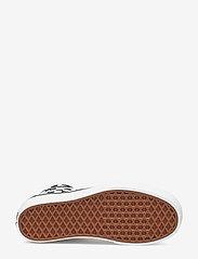 VANS - UA SK8-Hi Platform 2.0 - chunky sneakers - checkerboard/true white - 4