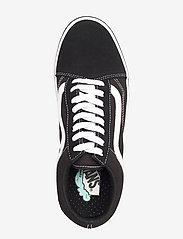 VANS - UA ComfyCush Old Skool - laag sneakers - (classic) black/true whit - 3
