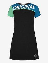 VANS - RAMP TESTED DRESS - tshirt jurken - black - 0
