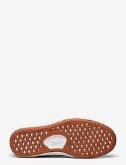 VANS - UA Lowland CC - laag sneakers - (staple) black/true white - 4