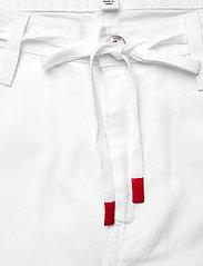 VANS - MAKE ME YOUR OWN PANT - sportbroeken - white - 3