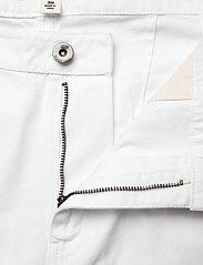 VANS - MAKE ME YOUR OWN PANT - sportbroeken - white - 4