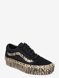 UA Old Skool Platform - matalavartiset tennarit - (zebra) black/marzipan