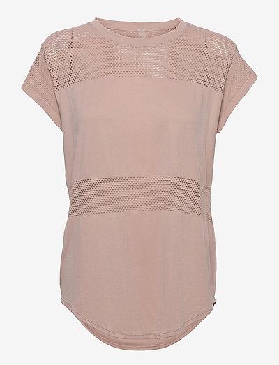 Carley T-Shirt - t-shirts - shadow rose