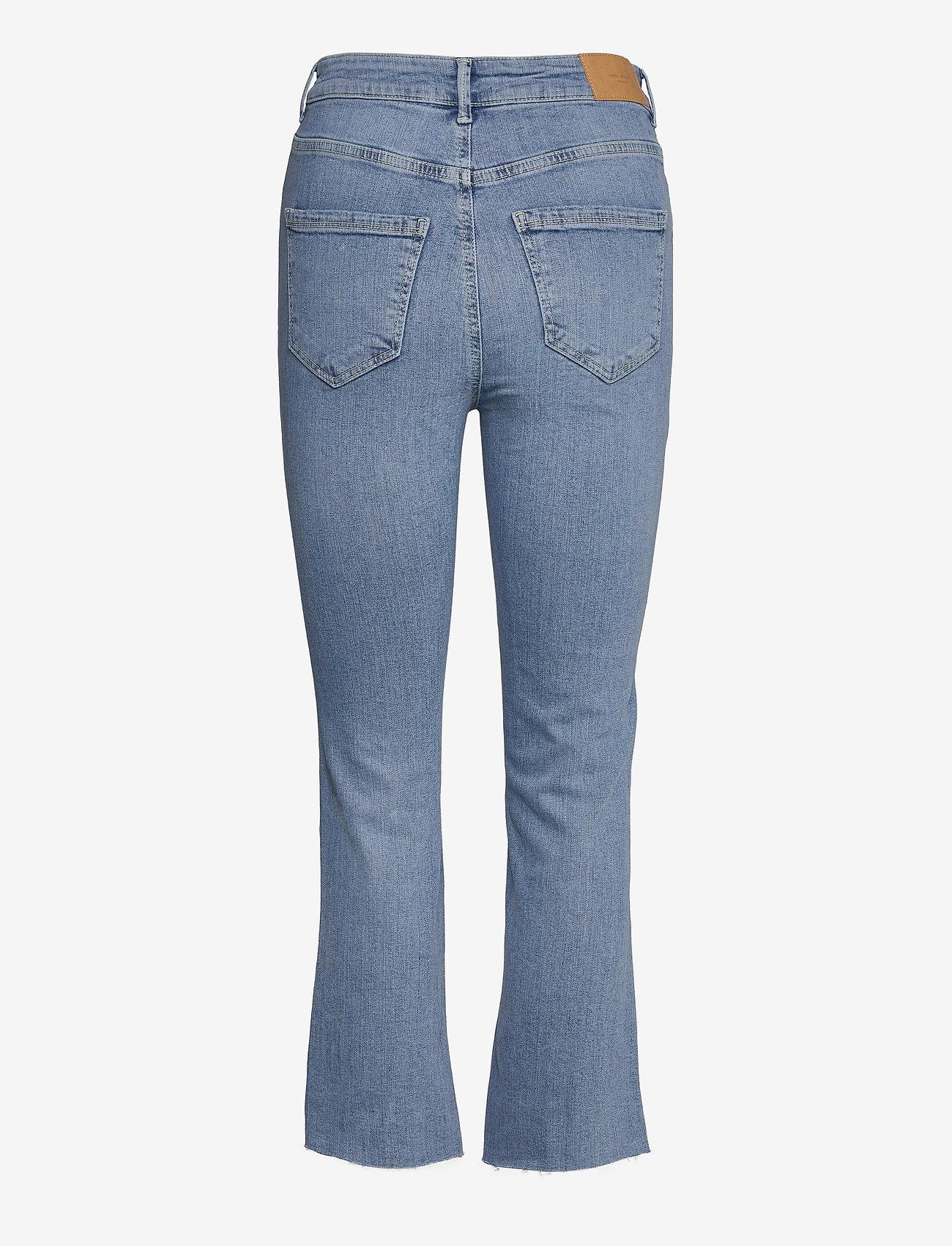 Vero Moda - VMSTELLA HR KICK FLARE JEANS BA3121 - utsvängda jeans - light blue denim - 1
