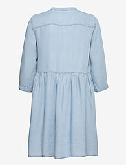 Vero Moda - VMLIBBIE 3/4 LOOSE TUNIC GA COLOR - vardagsklänningar - light blue denim - 1