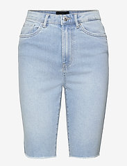 Vero Moda - VMLOA FAITH HR L DNM SHORTS MIX GA - jeansshorts - light blue denim - 0