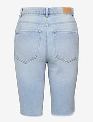 Vero Moda - VMLOA FAITH HR L DNM SHORTS MIX GA - jeansshorts - light blue denim - 1