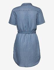 Vero Moda - VMSILJA SS SHORT SHIRT DRESS GA - sommarklänningar - light blue denim - 1