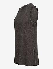 Vero Moda - VMLEFILE SL O-NECK LONG VEST - stickade västar - medium grey melange - 2