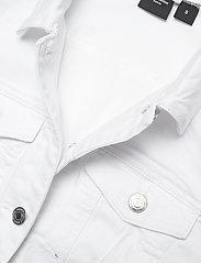 Vero Moda - VMHOT SOYA LS DENIM JACKET MIX GA - jeansjackor - bright white - 2