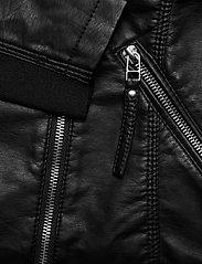 Vero Moda - VMRIAFAVO SHORT COATED JACKET - skinnjackor - black - 4