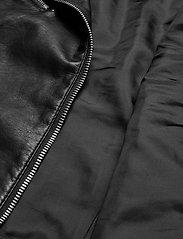 Vero Moda - VMRIAFAVO SHORT COATED JACKET - skinnjackor - black - 5