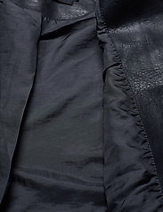 Vero Moda - VMKERRIULTRA SHORT COATED JACKET - skinnjackor - black - 4