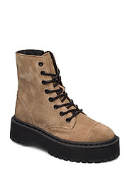 VMPATH LEATHER BOOT - SEPIA TINT