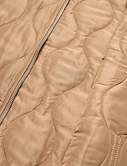 Vero Moda - VMEMMA  S/L SHORT  QUILTED VEST FM - puffer vests - tobacco brown - 4