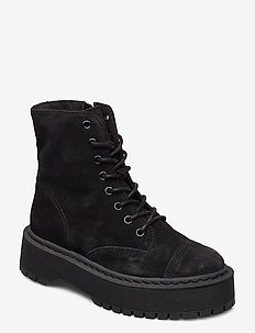 VMPATH LEATHER BOOT - flat ankle boots - black
