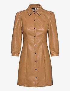 VMBUTTERMOLLY ABOVE KNEE COATED DRESS - sukienki do kolan i midi - tobacco brown