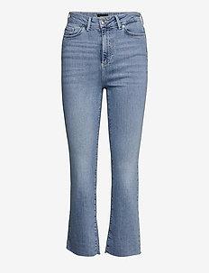 VMSTELLA HR KICK FLARE JEANS BA3121 - utsvängda jeans - light blue denim