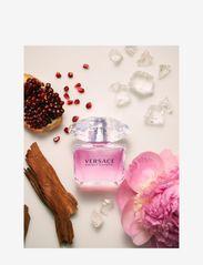 Versace Fragrance - BRIGHT CRYSTAL EAU DE TOILETTE SPRAY - parfym - no color - 2