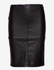 Vila - VIPEN NEW COATED SKIRT - NOOS - midi skirts - black - 0